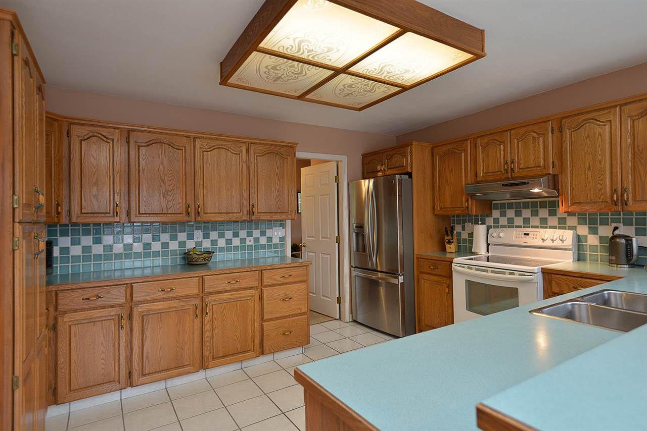 "Photo 6: Photos: 9200 REGAL Road in Halfmoon Bay: Halfmn Bay Secret Cv Redroofs House for sale in ""Curran Rd subdivision"" (Sunshine Coast)  : MLS®# R2243491"