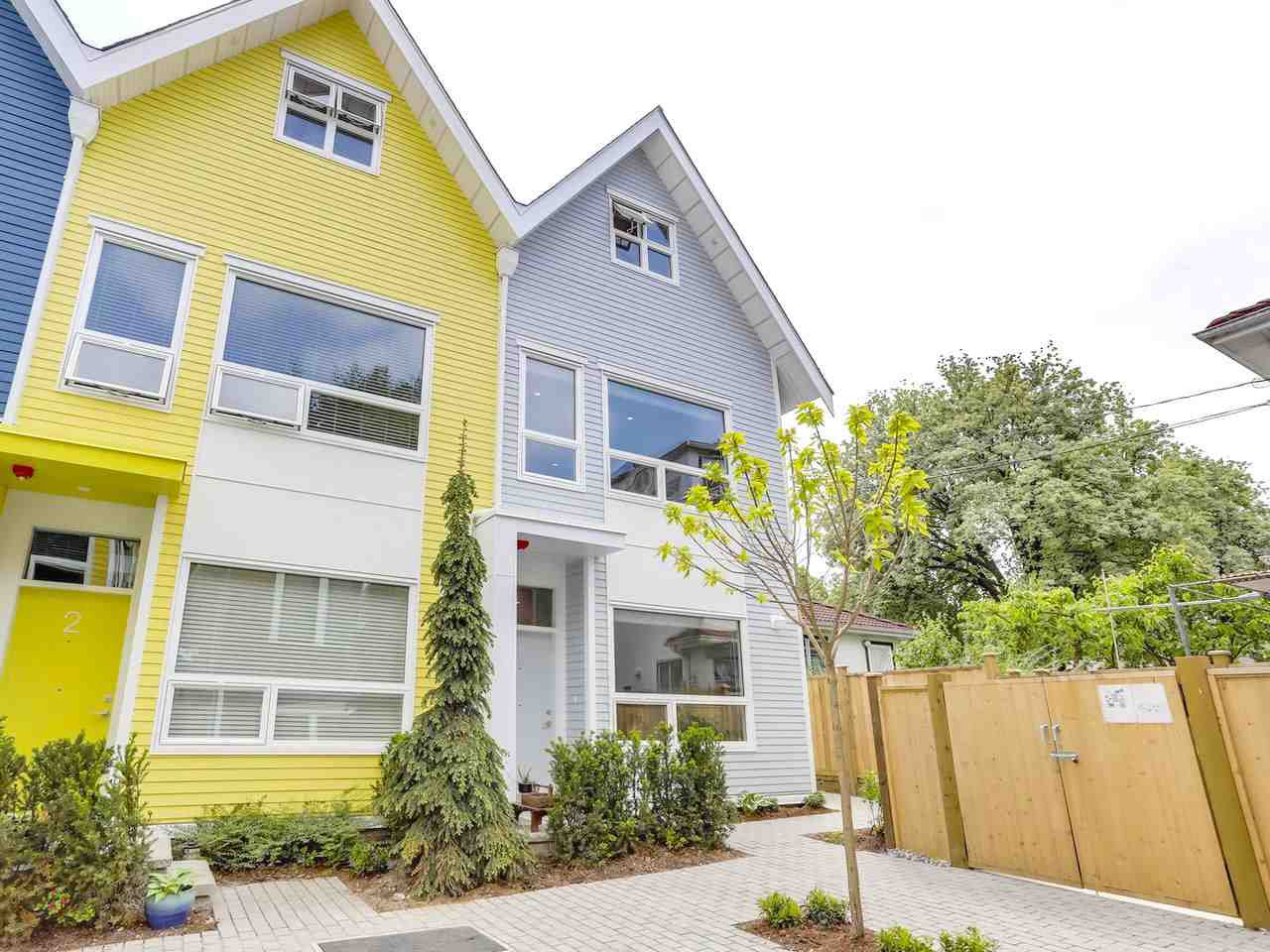 """Main Photo: 1 1322 E 23RD Avenue in Vancouver: Knight Townhouse for sale in """"DICKENS AT KENSINGTON"""" (Vancouver East)  : MLS®# R2270484"""