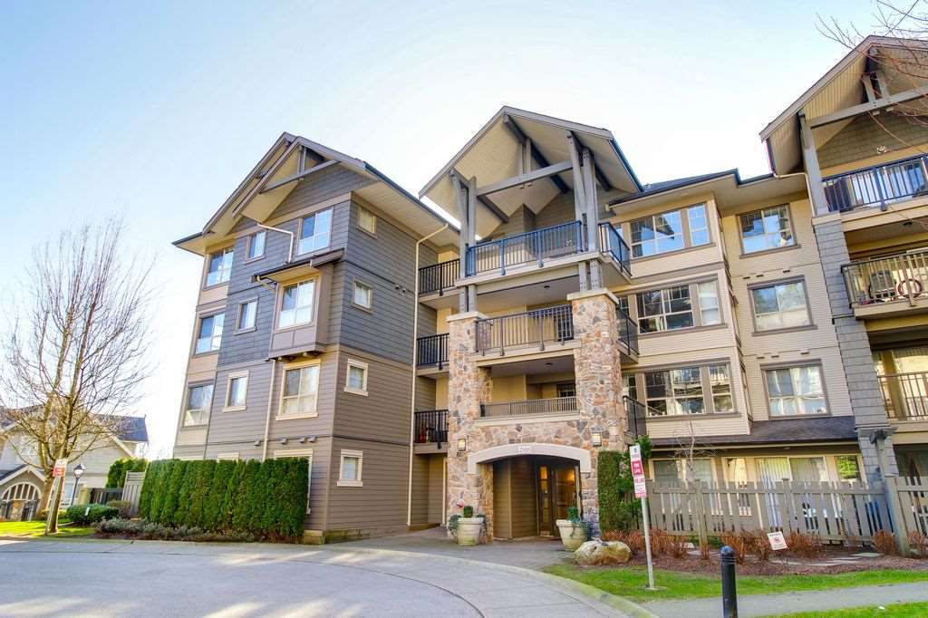 """Main Photo: 107 2958 WHISPER Way in Coquitlam: Westwood Plateau Condo for sale in """"SUMMERLIN"""" : MLS®# R2278641"""
