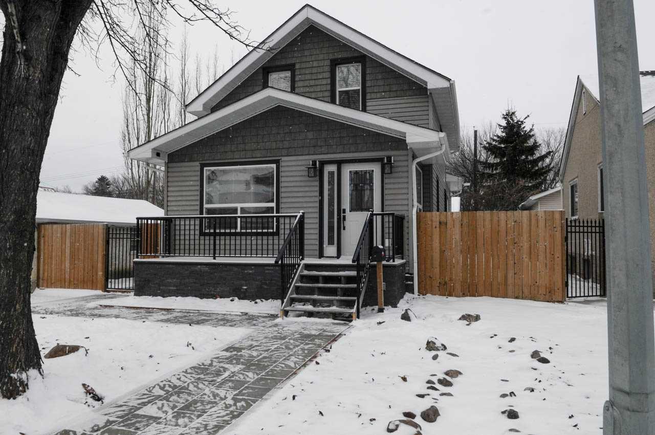 Main Photo: 11428 86 Street in Edmonton: Zone 05 House for sale : MLS®# E4135231