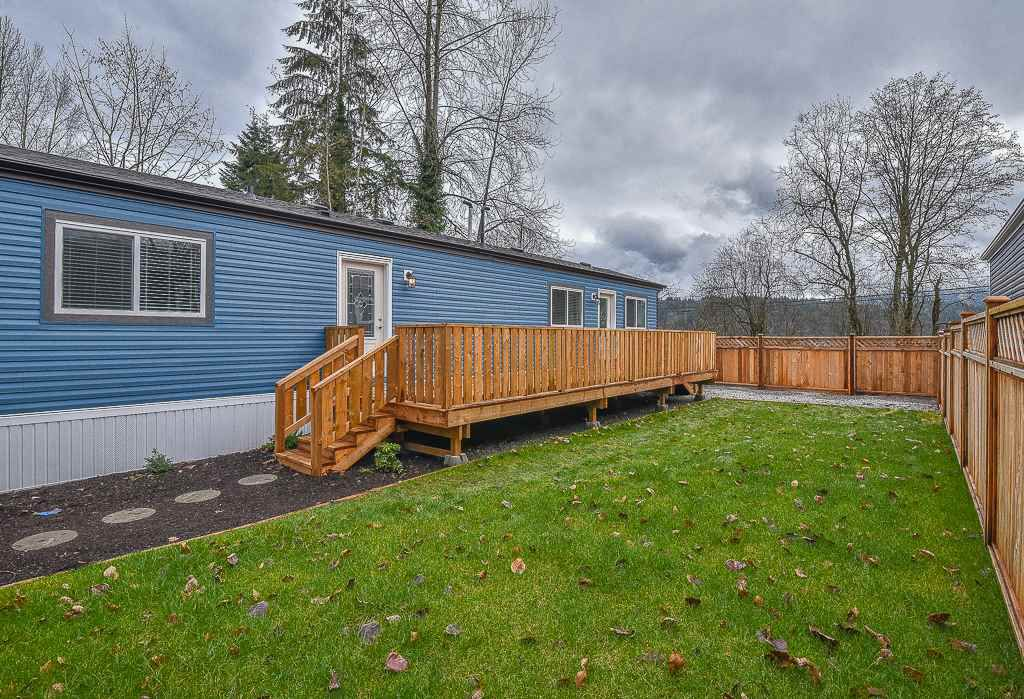 "Main Photo: 43 10221 WILSON Road in Mission: Mission BC Manufactured Home for sale in ""Triple Creek Estates"" : MLS®# R2335570"