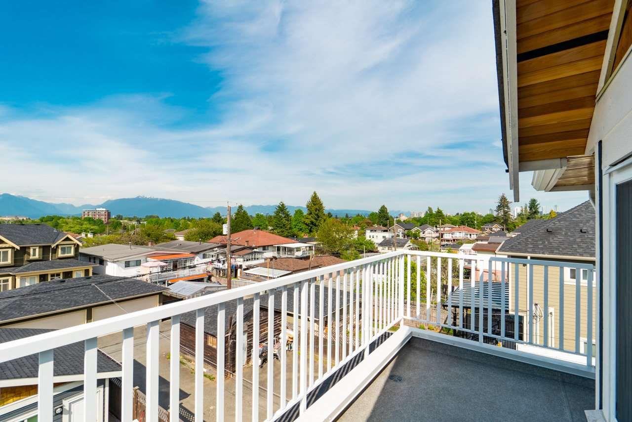 Main Photo: 2603 E 41ST Avenue in Vancouver: Collingwood VE House 1/2 Duplex for sale (Vancouver East)  : MLS®# R2369364