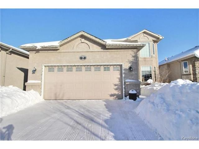7 NORTHWOOD COURT - WELCOME HOME!
