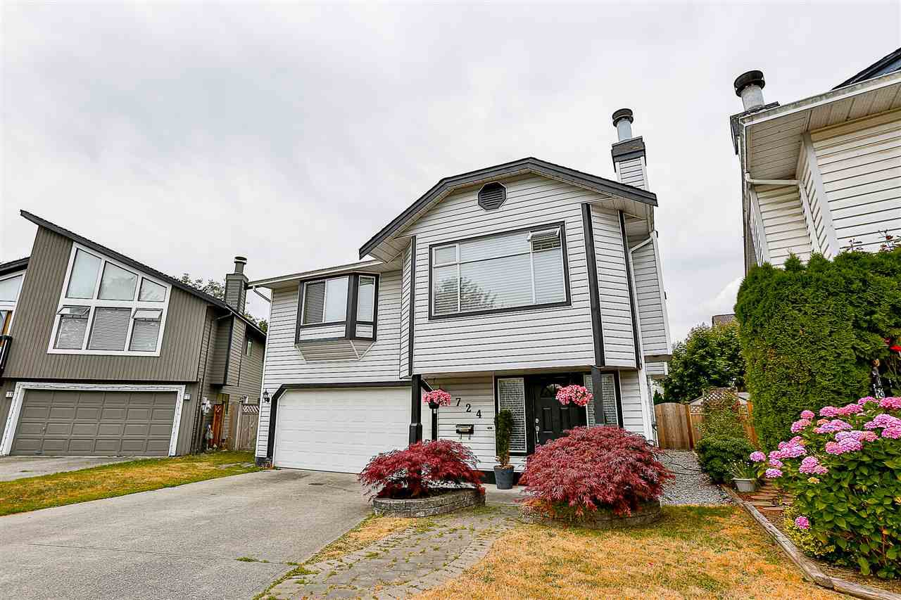 Main Photo: 724 EVANS Place in Port Coquitlam: Riverwood House for sale : MLS®# R2196938