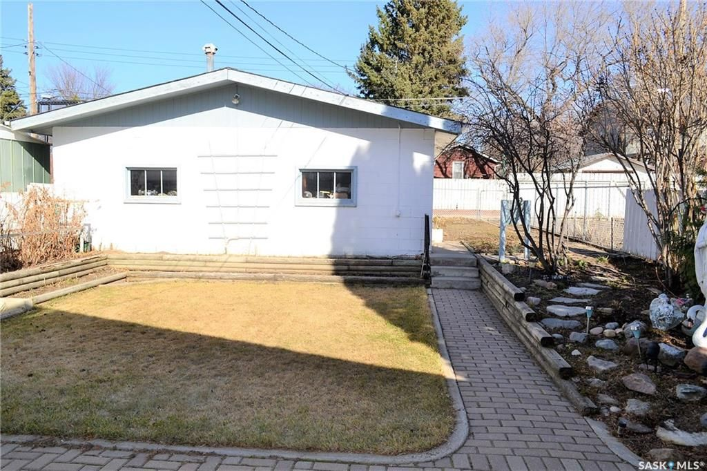 Photo 19: Photos: 1130 I Avenue North in Saskatoon: Hudson Bay Park Residential for sale : MLS®# SK727042