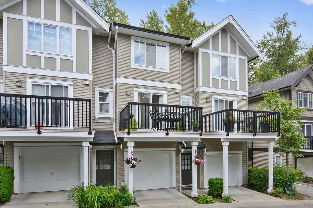 """Main Photo: 75 20176 68 Avenue in Langley: Willoughby Heights Townhouse for sale in """"STEEPLECHASE"""" : MLS®# R2274032"""