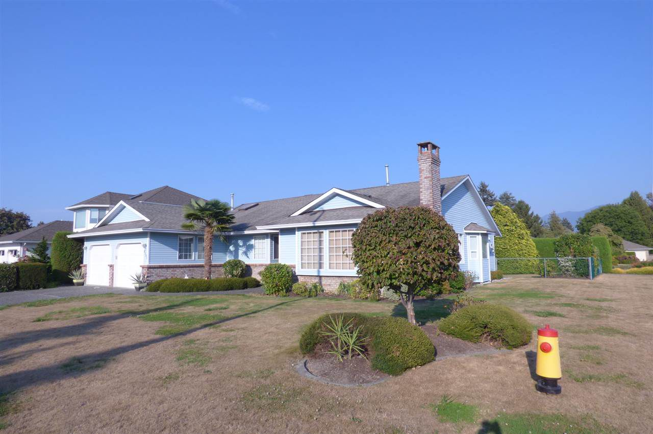 Main Photo: 6882 GLENEDEN Street in Sardis: Sardis West Vedder Rd House for sale : MLS®# R2293952