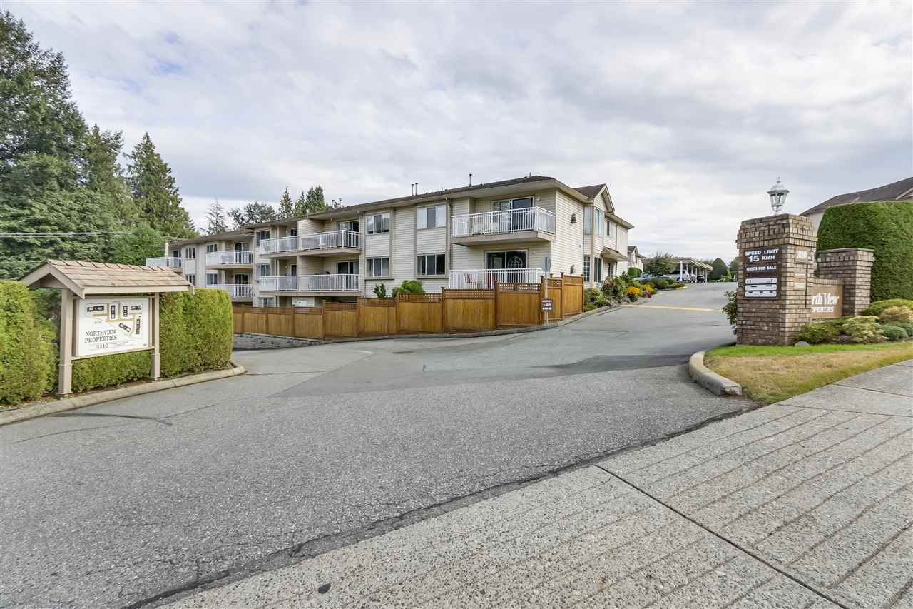 "Main Photo: 24 3110 TRAFALGAR Street in Abbotsford: Central Abbotsford Townhouse for sale in ""NORTHVIEW"" : MLS®# R2301220"