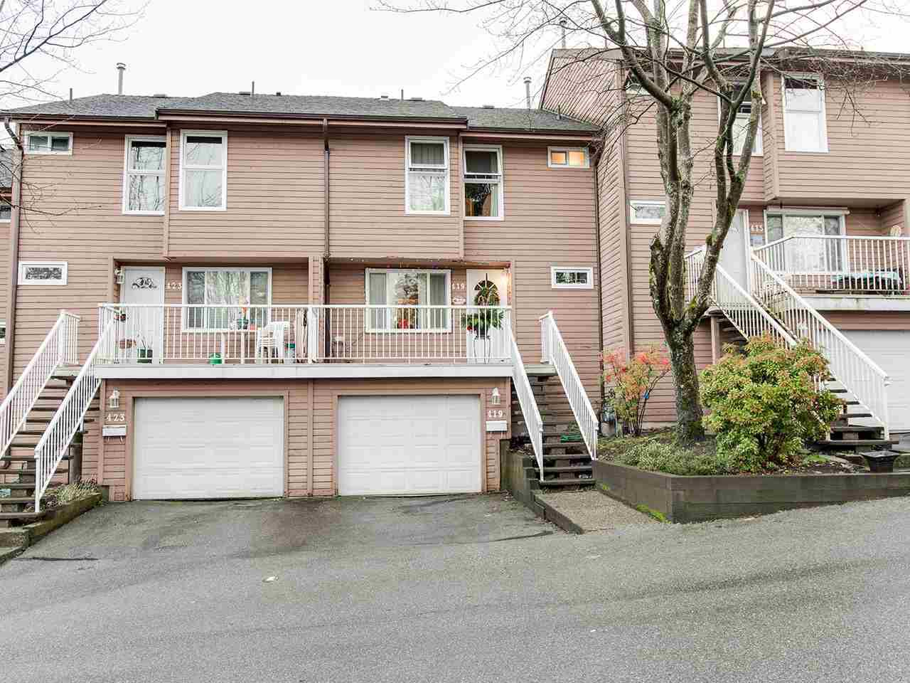 Main Photo: 419 LEHMAN Place in Port Moody: North Shore Pt Moody Townhouse for sale : MLS®# R2327302