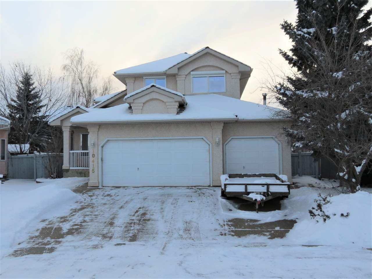 Main Photo: 10415 175 Avenue in Edmonton: Zone 27 House for sale : MLS®# E4139479