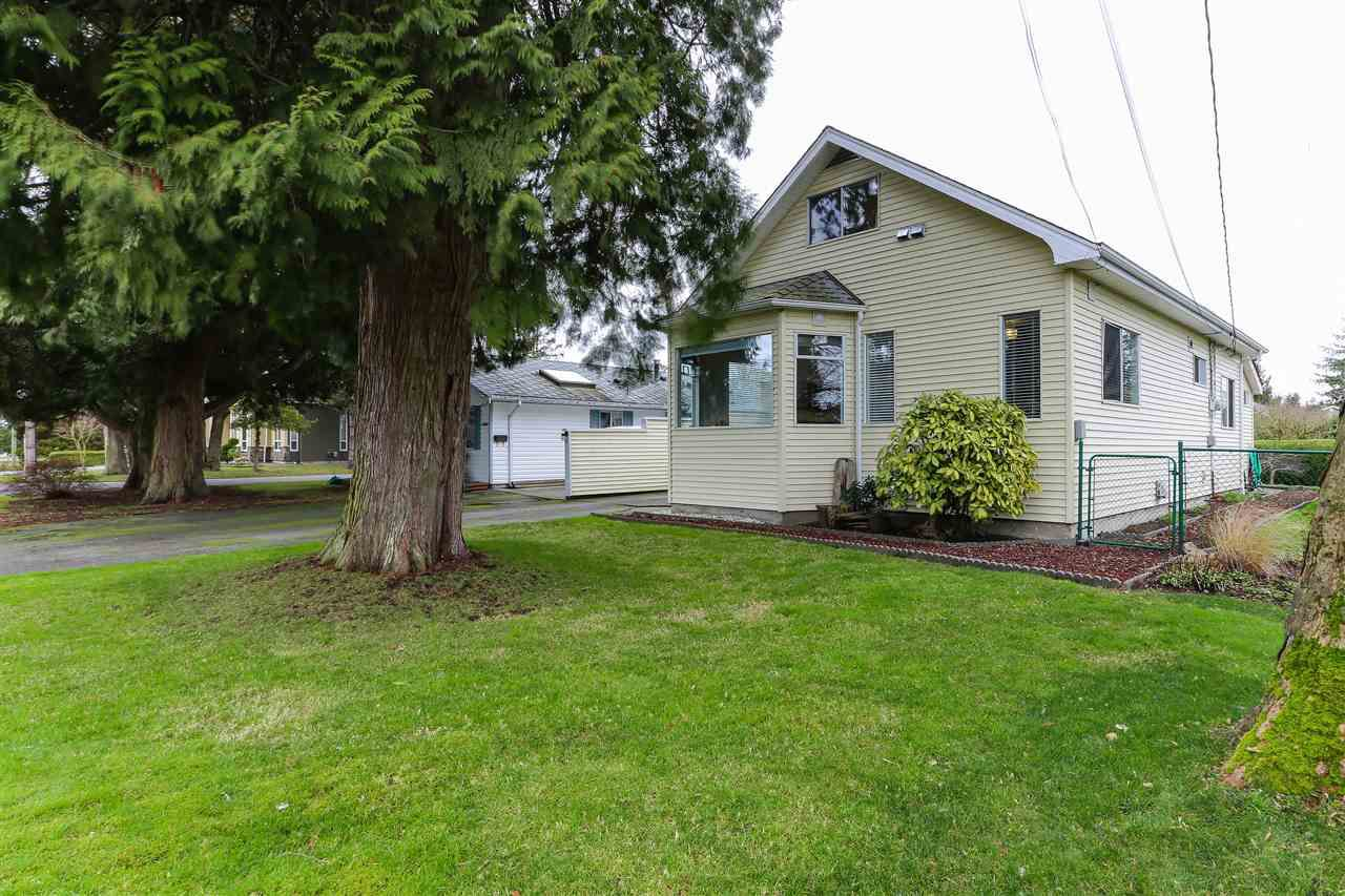 """Main Photo: 4806 47 Avenue in Delta: Ladner Elementary House for sale in """"WEST LADNER"""" (Ladner)  : MLS®# R2334137"""