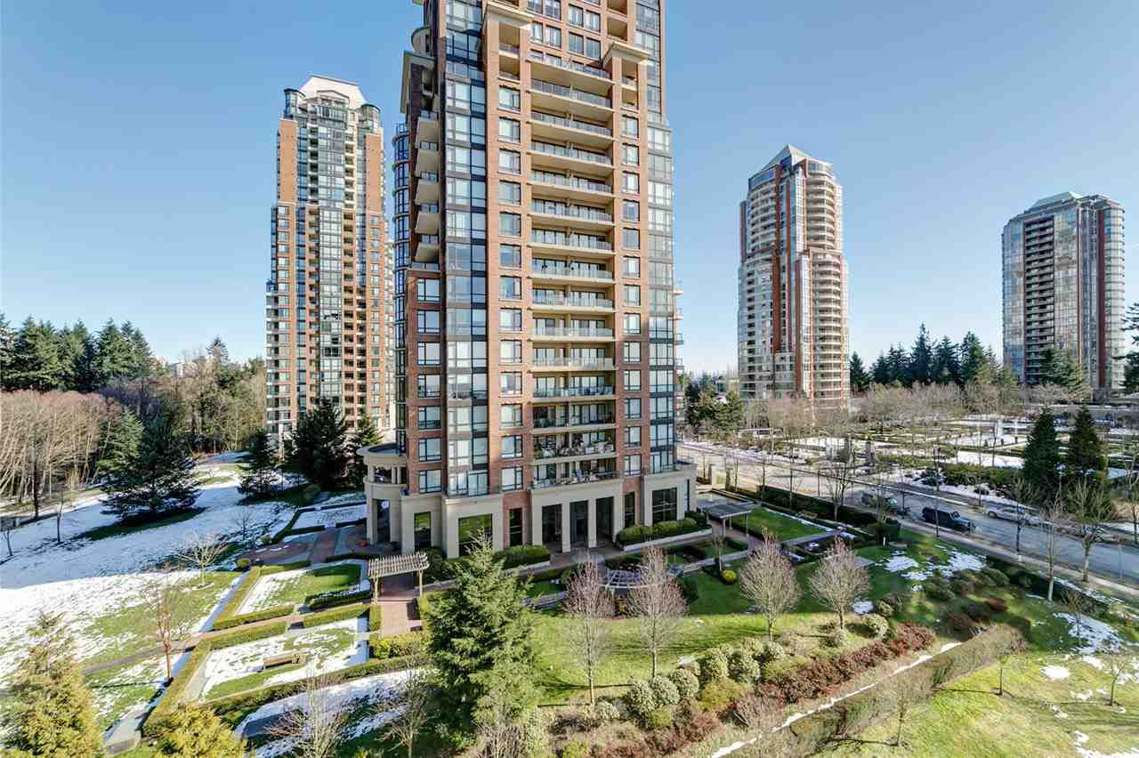Main Photo: 703 6823 STATION HILL Drive in Burnaby: South Slope Condo for sale (Burnaby South)  : MLS®# R2342832