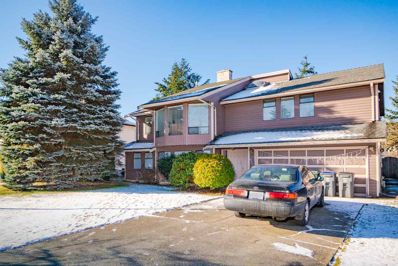 Main Photo: 9751 149 Street in Surrey: Guildford House for sale (North Surrey)  : MLS®# R2354849