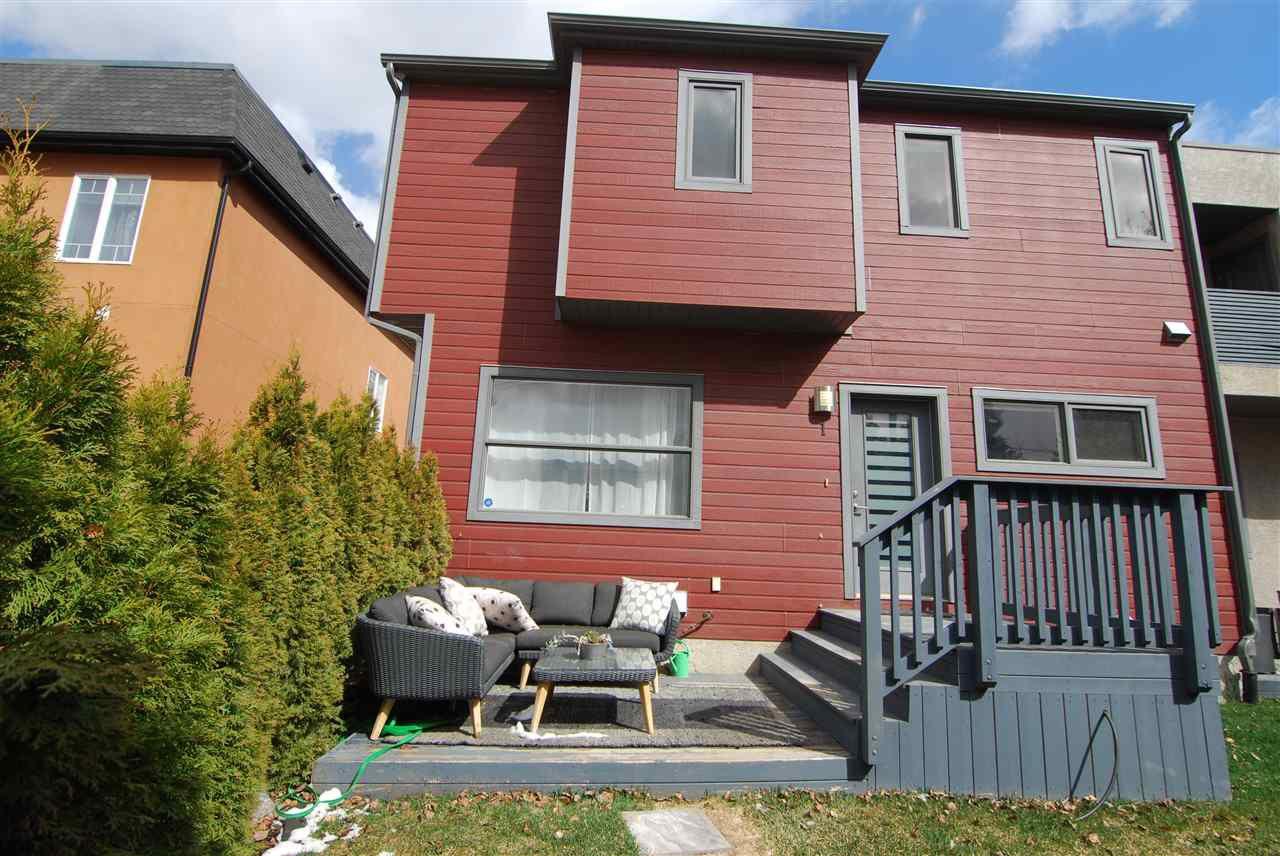Main Photo: 1 14315 STONY_PLAIN Road in Edmonton: Zone 21 Townhouse for sale : MLS®# E4154417