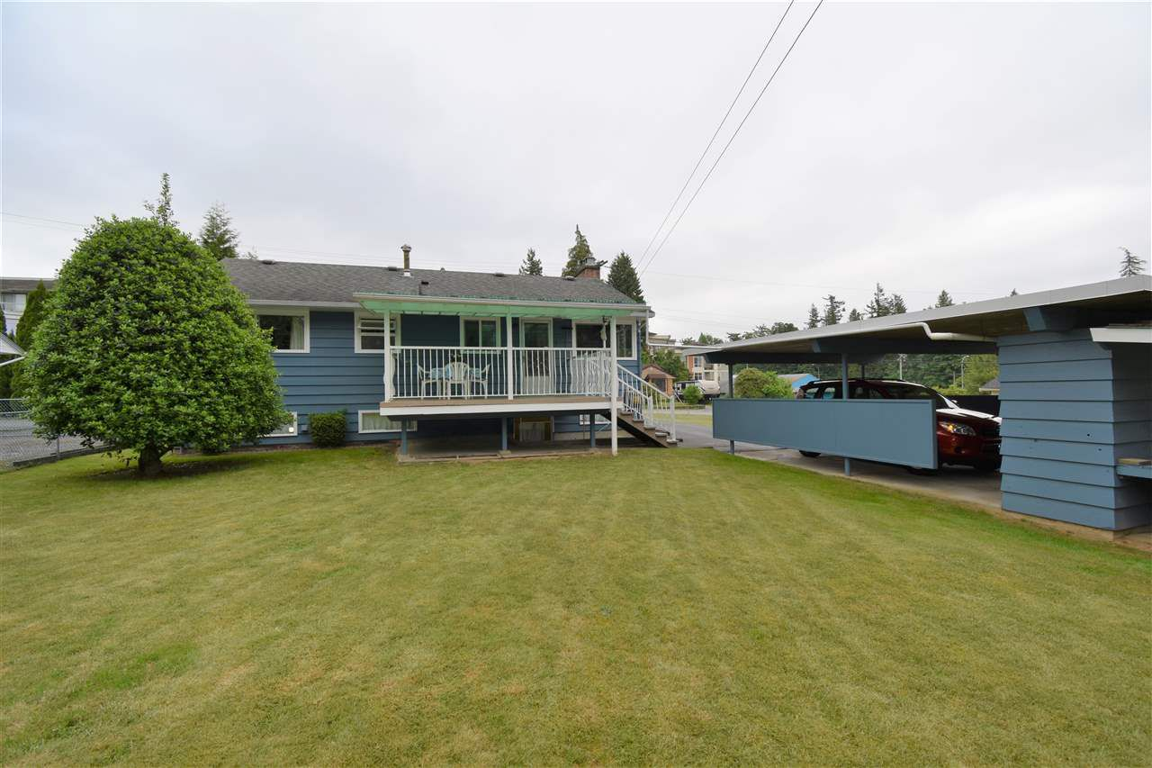Photo 16: Photos: 7547 BRISKHAM Street in Mission: Mission BC House for sale : MLS®# R2374462