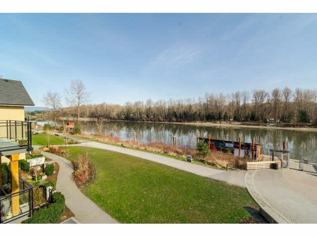 "Main Photo: 304 23285 BILLY BROWN Road in Langley: Fort Langley Condo for sale in ""The Village at Bedford Landing"" : MLS®# F1433904"