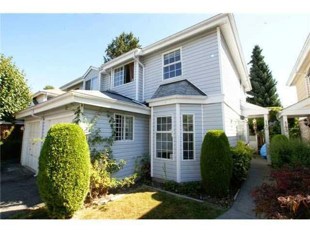 Main Photo: 140 12233 92ND Avenue in Surrey: Queen Mary Park Surrey Townhouse for sale : MLS®# F1441700