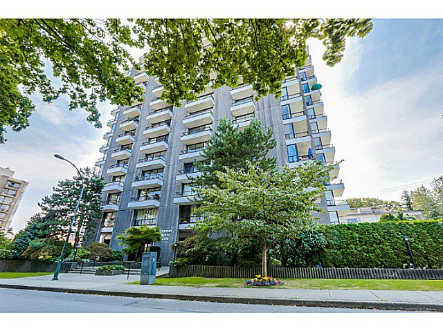 "Main Photo: 604 2370 W 2ND Avenue in Vancouver: Kitsilano Condo for sale in ""CENTURY HOUSE"" (Vancouver West)  : MLS®# V1139170"