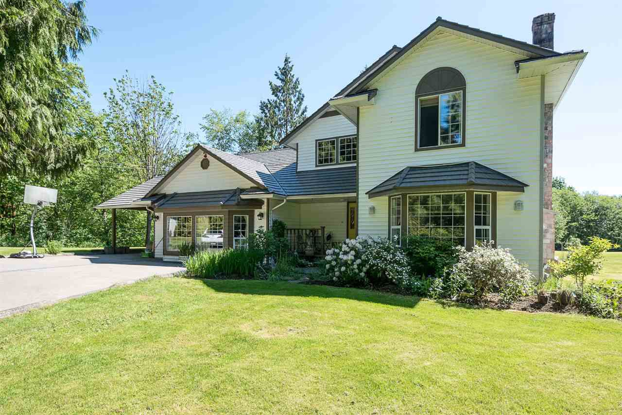 "Main Photo: 4 29605 MCTAVISH Road in Abbotsford: Bradner House for sale in ""Cedar Hills Estates"" : MLS®# R2065323"