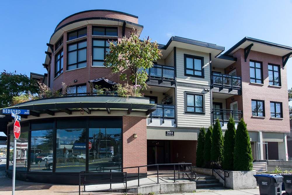 "Main Photo: 203 2664 KINGSWAY Avenue in Port Coquitlam: Central Pt Coquitlam Condo for sale in ""KINGSWAY GARDEN"" : MLS®# R2112381"
