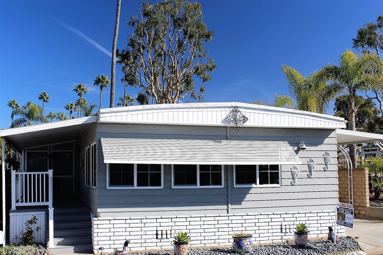Main Photo: CARLSBAD WEST Manufactured Home for sale : 2 bedrooms : 7038 San Bartolo in Carlsbad