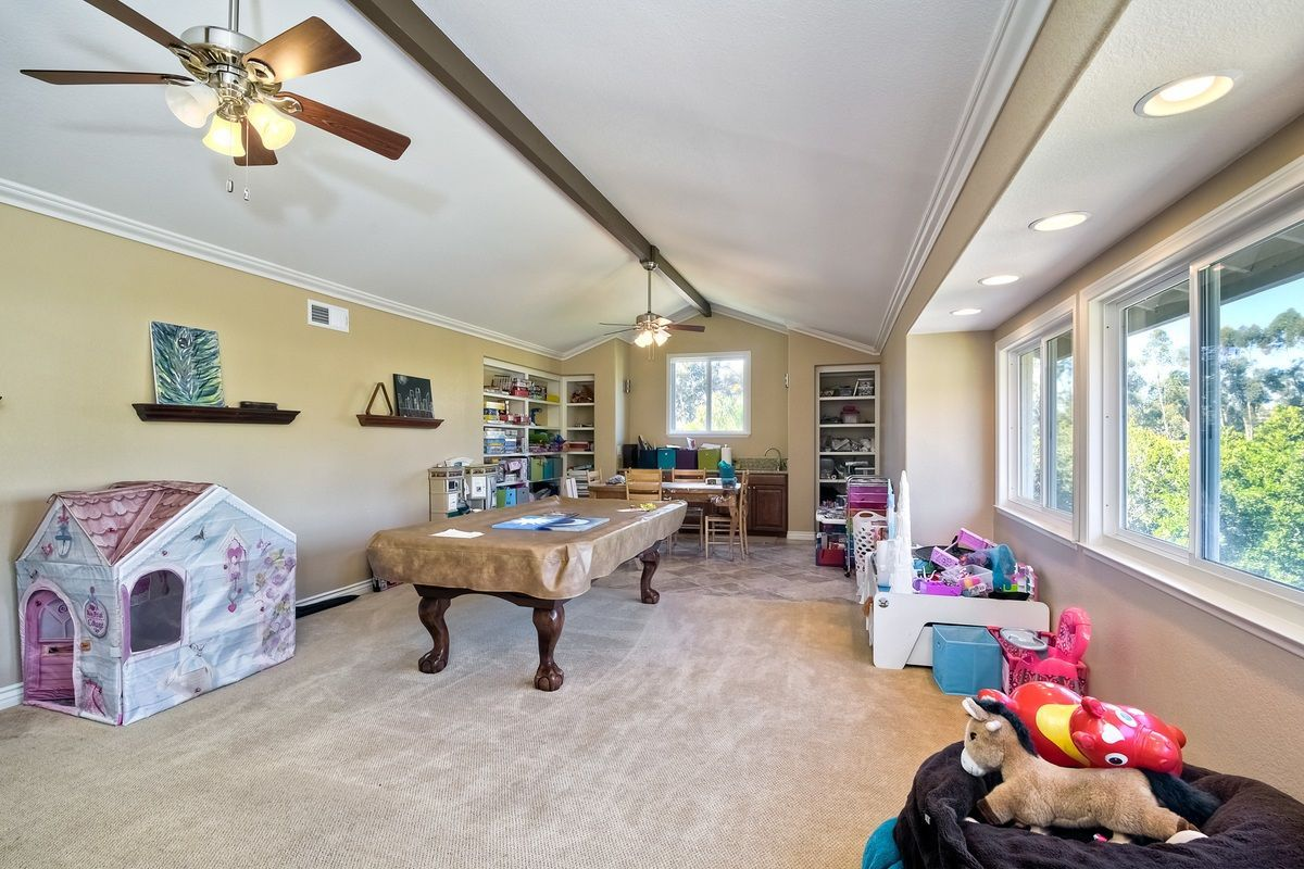 Photo 20: Photos: SCRIPPS RANCH House for sale : 4 bedrooms : 9820 Caminito Munoz in San Diego