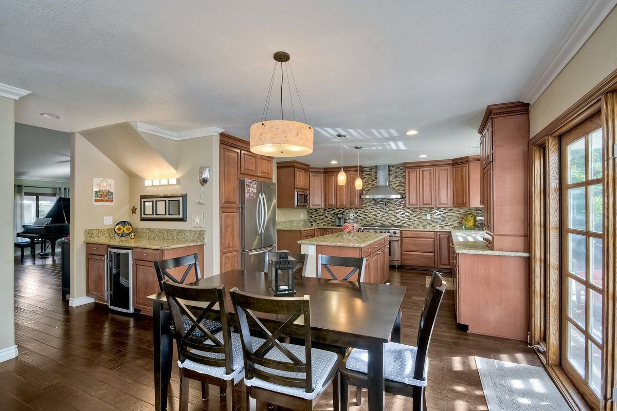 Photo 12: Photos: SCRIPPS RANCH House for sale : 4 bedrooms : 9820 Caminito Munoz in San Diego