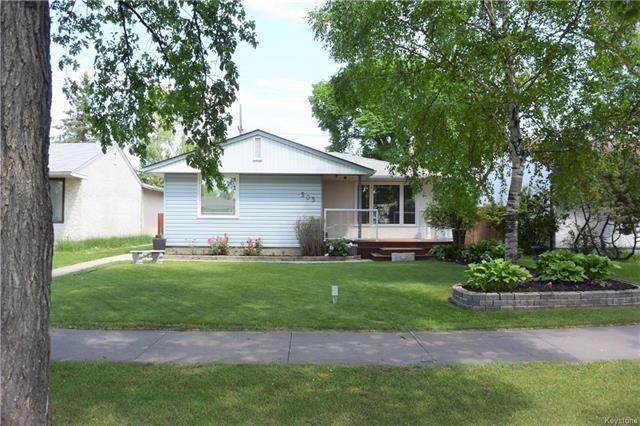 Main Photo: 505 Burrin Avenue in Winnipeg: West Kildonan Residential for sale (4D)  : MLS®# 1816955