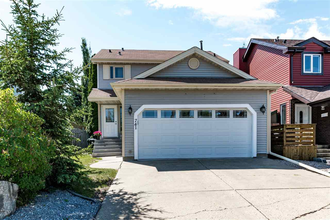 Main Photo: 741 Wells Point Lane: Sherwood Park House for sale : MLS®# E4134999