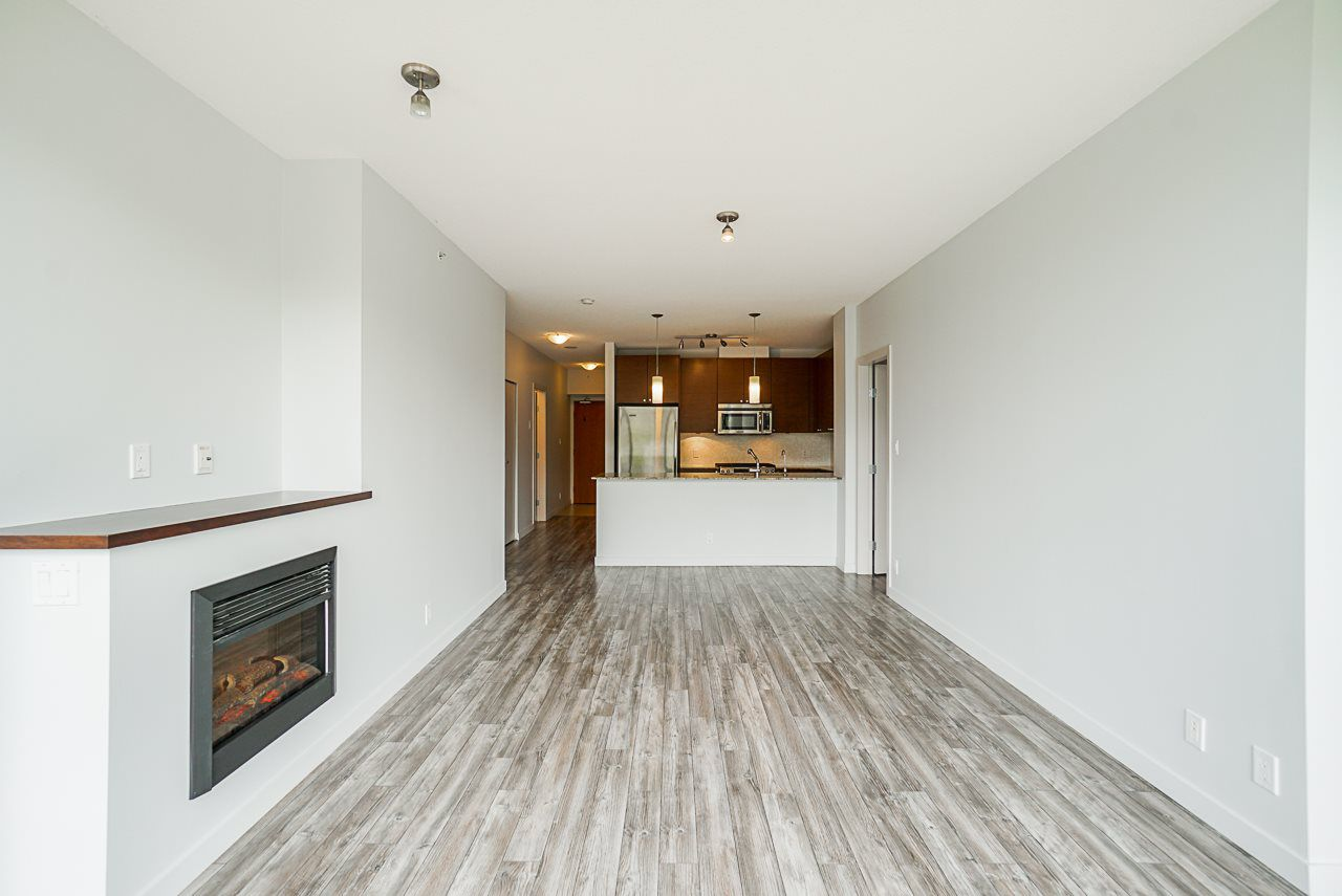 """Photo 7: Photos: 605 110 BREW Street in Port Moody: Port Moody Centre Condo for sale in """"ARIA 1"""" : MLS®# R2370460"""