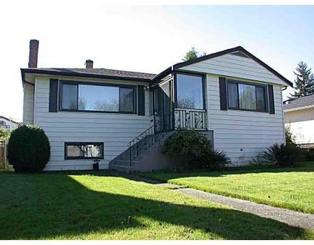 Main Photo: 6826 BURNS ST in Burnaby: House for sale (Upper Deer Lake)  : MLS®# V594633