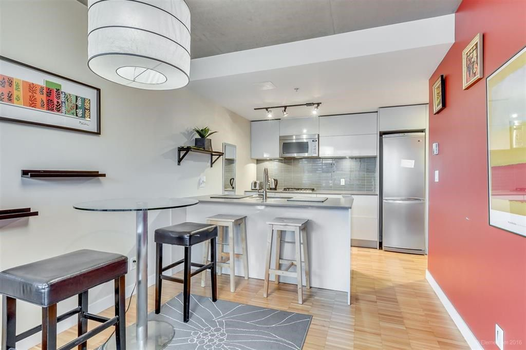 """Photo 5: Photos: 1505 128 W CORDOVA Street in Vancouver: Downtown VW Condo for sale in """"WOODWARDS"""" (Vancouver West)  : MLS®# R2040400"""