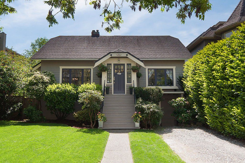 Main Photo: 4068 W 11TH Avenue in Vancouver: Point Grey House for sale (Vancouver West)  : MLS®# R2063289