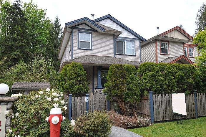 """Main Photo: 3 11495 COTTONWOOD Drive in Maple Ridge: Cottonwood MR House for sale in """"Eastbrook Green"""" : MLS®# R2165030"""