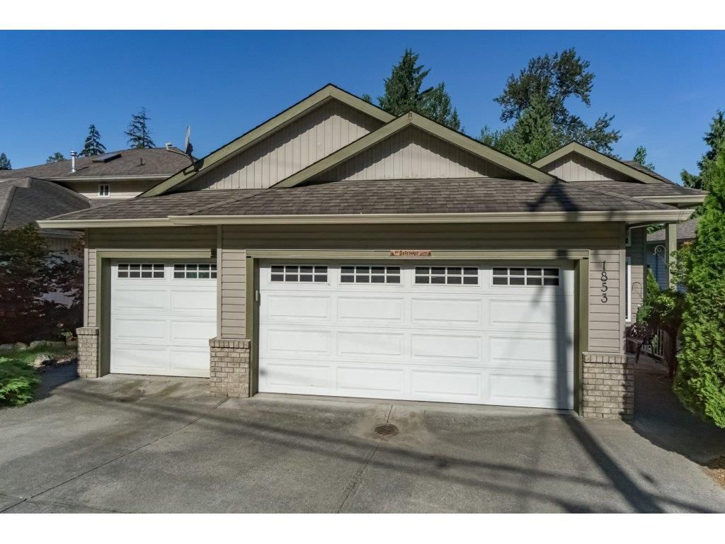 Main Photo: 1853 MARY HILL Road in Port Coquitlam: Mary Hill House for sale : MLS®# R2183017