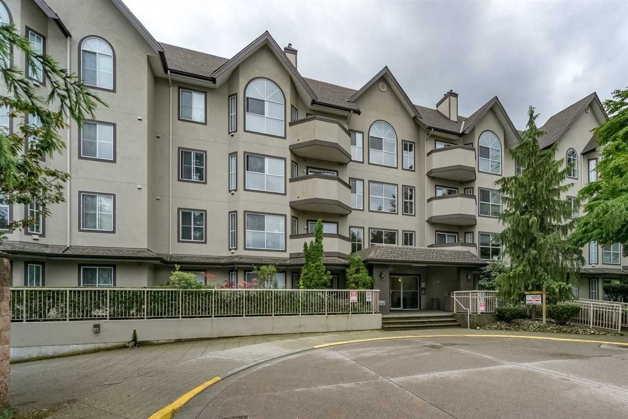 "Main Photo: 206 12464 191B Street in Pitt Meadows: Mid Meadows Condo for sale in ""LASEUR MANOR"" : MLS®# R2218426"