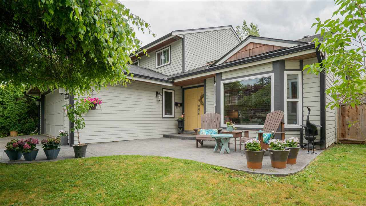 Main Photo: 5040 204 Street in Langley: Langley City House for sale : MLS®# R2265653