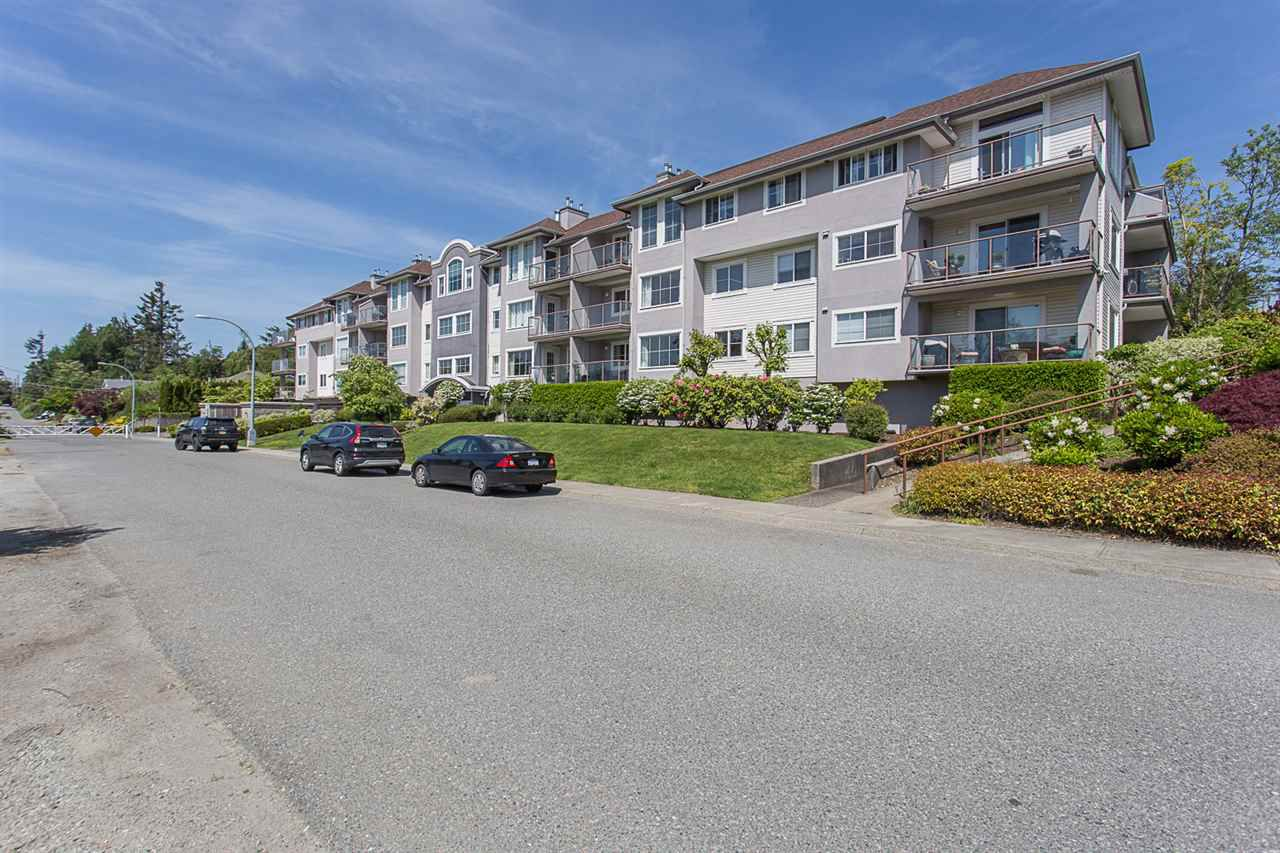"Main Photo: 211 33599 2ND Avenue in Mission: Mission BC Condo for sale in ""Stave Lake Landing"" : MLS®# R2268359"