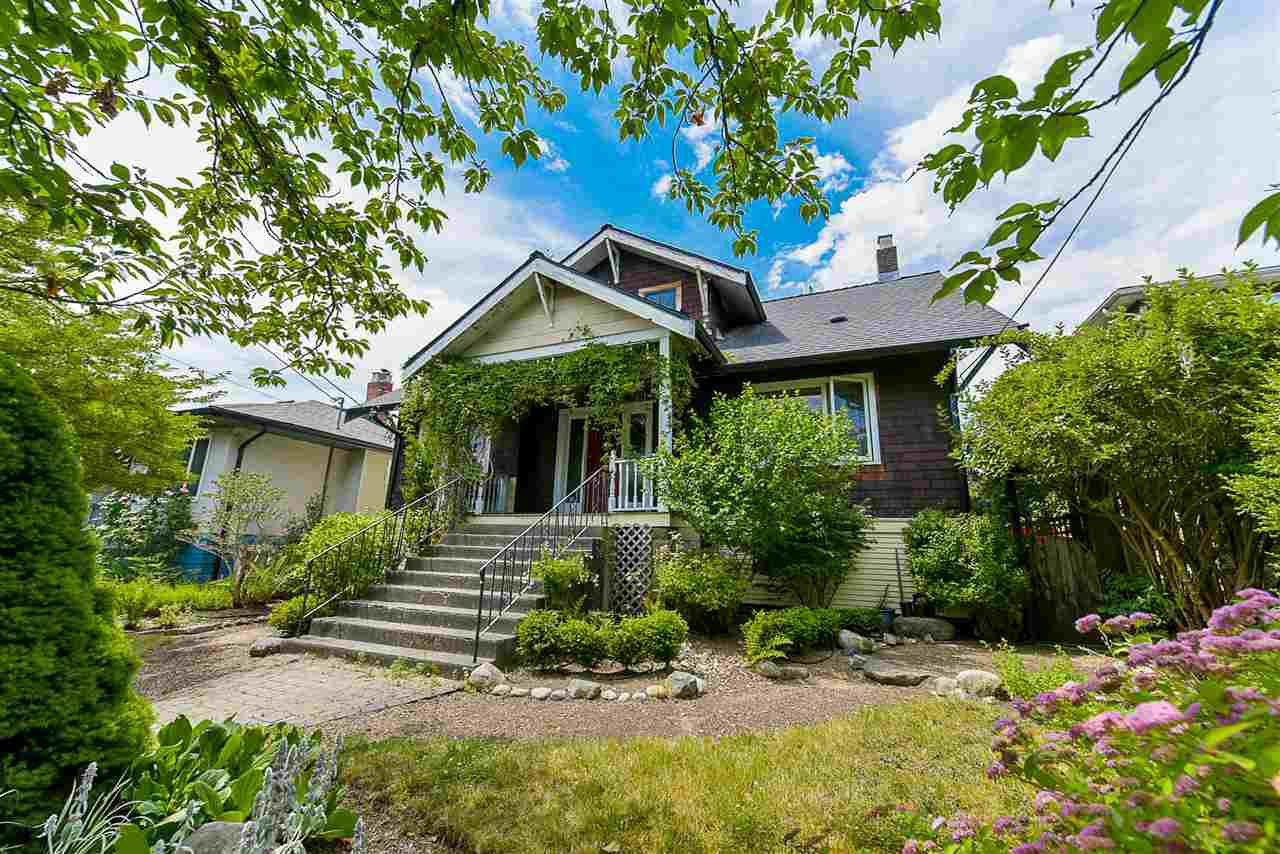 "Main Photo: 461 FADER Street in New Westminster: Sapperton House for sale in ""SAPPERTON"" : MLS®# R2299294"