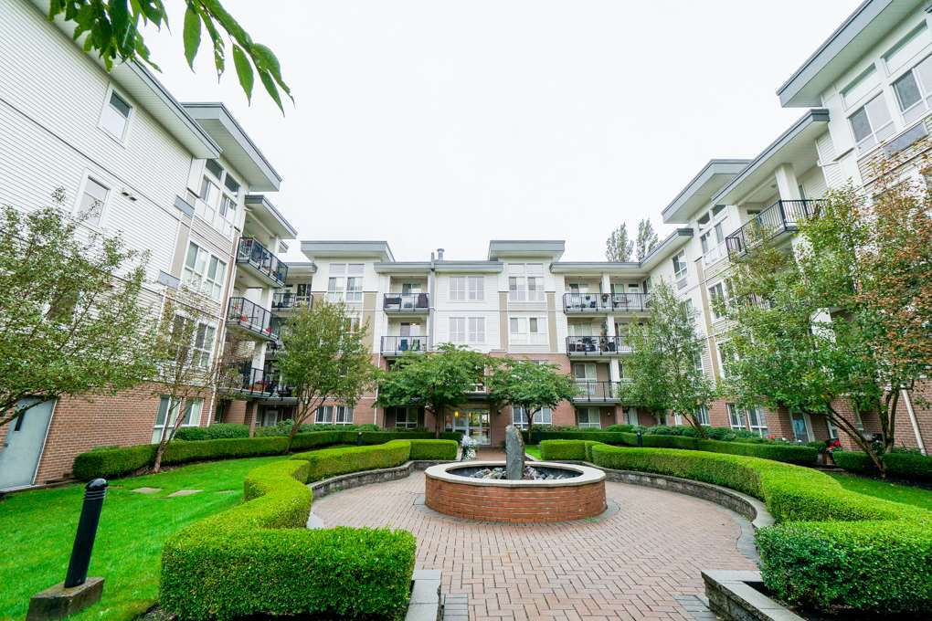 "Main Photo: 401 5430 201 Street in Langley: Langley City Condo for sale in ""Sonnet"" : MLS®# R2325455"