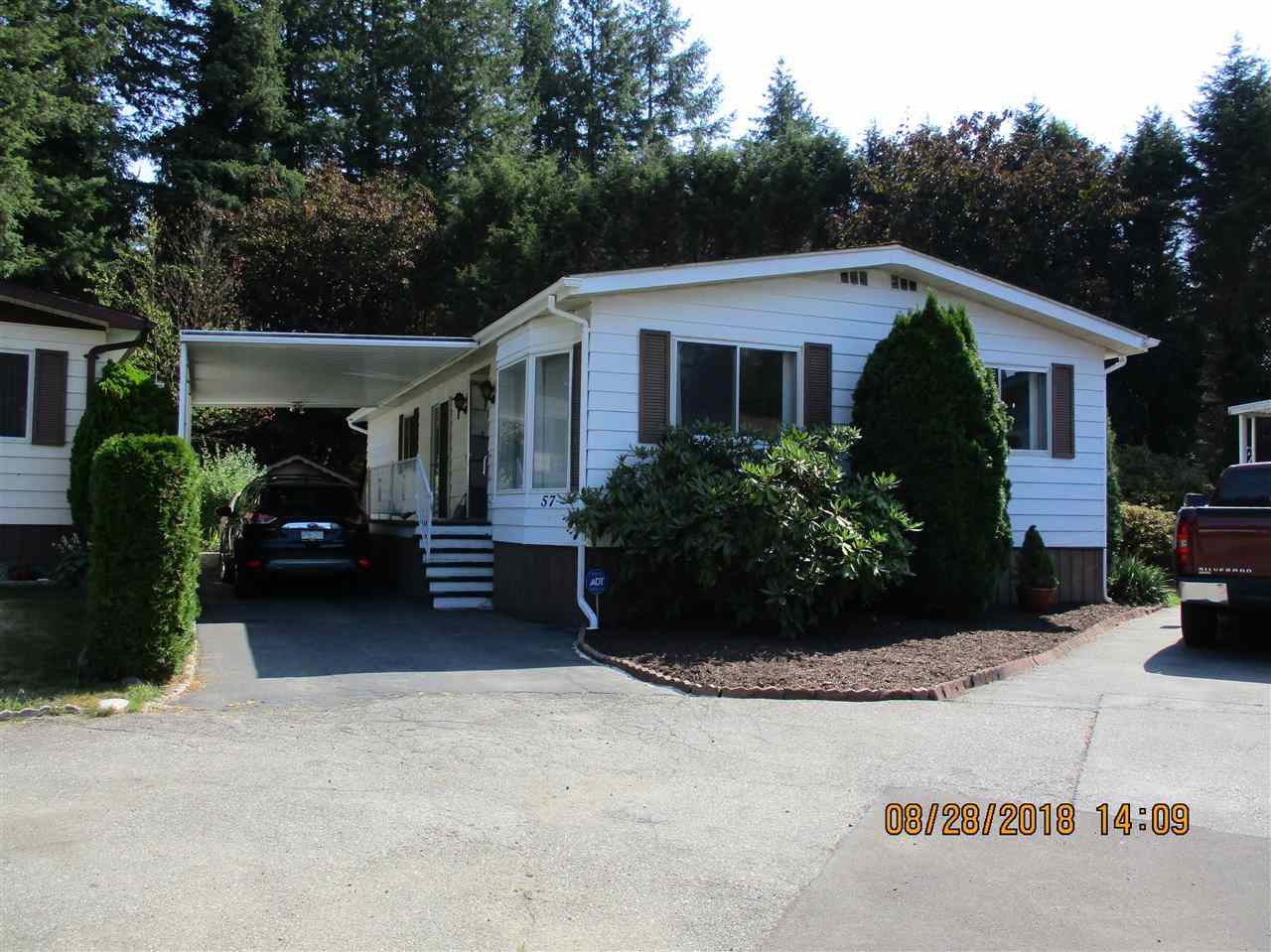 "Main Photo: 57 2305 200 Street in Langley: Brookswood Langley Manufactured Home for sale in ""CEDAR LANE"" : MLS®# R2357125"