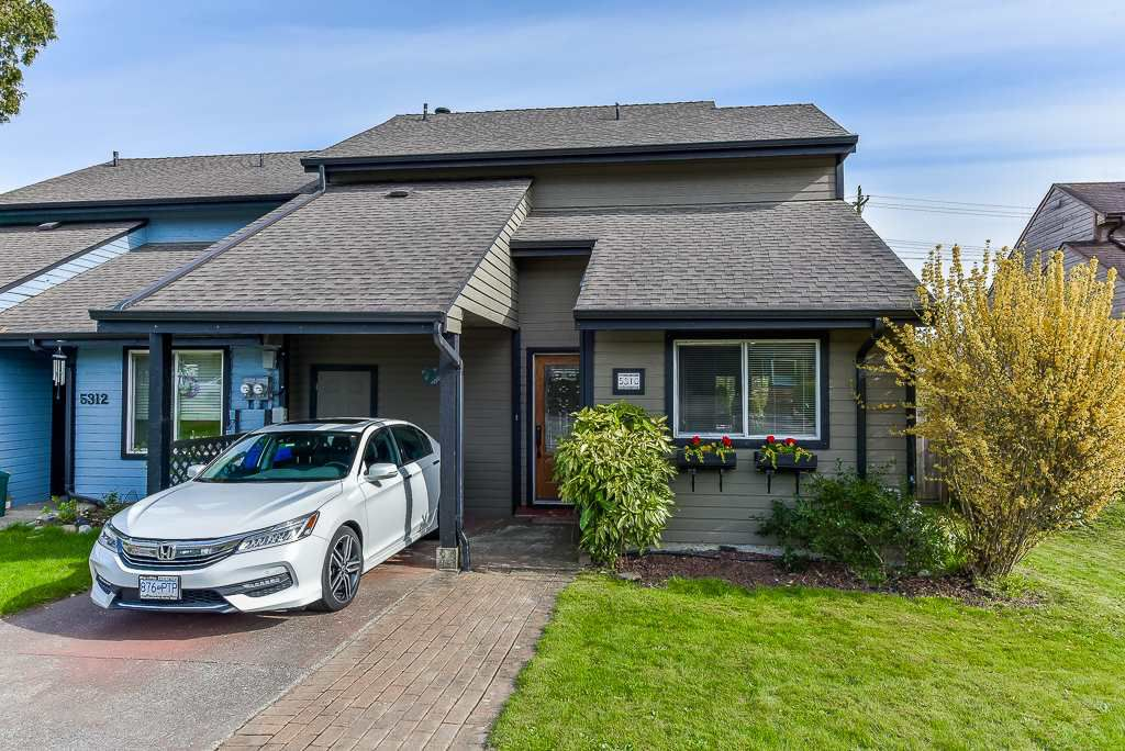 Main Photo: 5310 198A Street in Langley: Langley City House 1/2 Duplex for sale : MLS®# R2360468