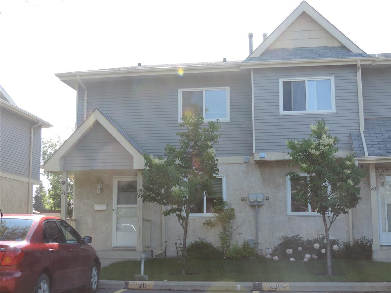 Main Photo: 21 9619 180 Street in Edmonton: Zone 20 Townhouse for sale : MLS®# E4164426