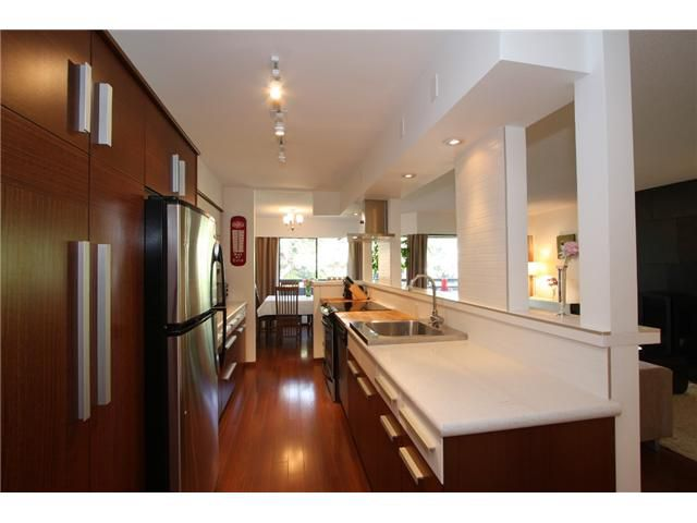 """Main Photo: 311 1720 W 12TH Avenue in Vancouver: Fairview VW Condo for sale in """"TWELVE PINES"""" (Vancouver West)  : MLS®# V871297"""