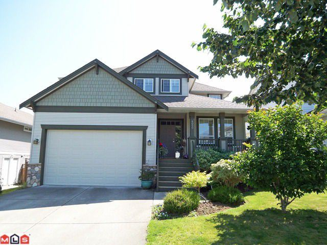 """Main Photo: 4050 CHANNEL Street in Abbotsford: Abbotsford East House for sale in """"Clayburn Views/Sandy Hill"""" : MLS®# F1119493"""