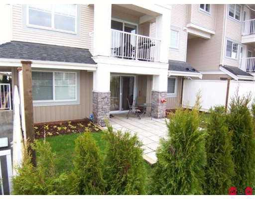Main Photo: 110 19366 65 Avenue in Surrey: Clayton Condo for sale (Cloverdale)  : MLS®# F2706667