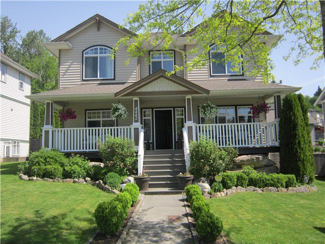 "Main Photo: 4442 BLAUSON Boulevard in Abbotsford: Abbotsford East House for sale in ""AUGUSTON"" : MLS®# F1412052"