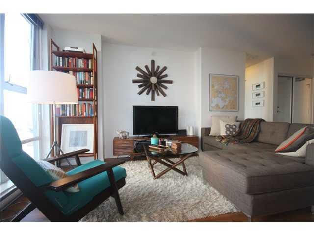 Main Photo: 1607 111 W GEORGIA STREET in : Downtown VW Condo for sale : MLS®# V1054954