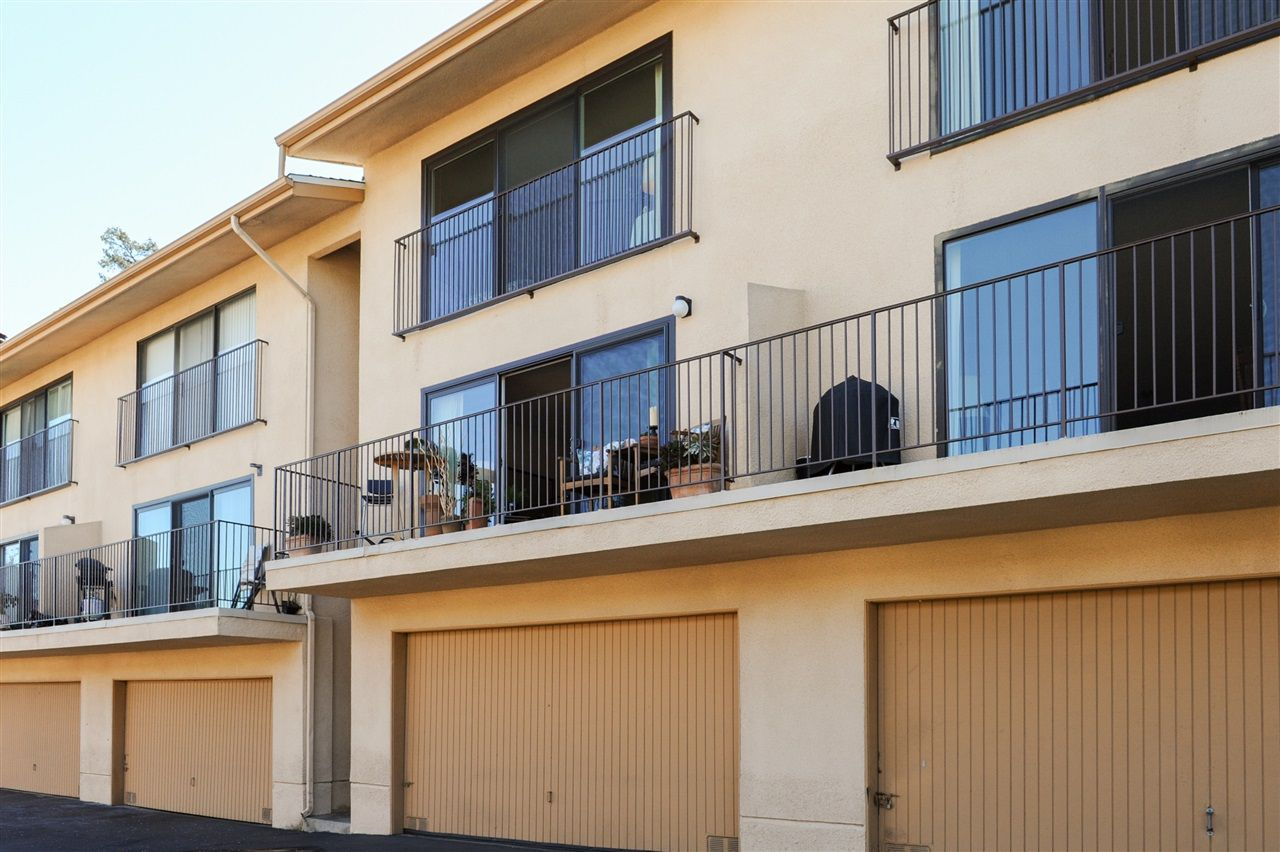 Main Photo: HILLCREST Condo for sale : 2 bedrooms : 4235 5th Ave in San Diego