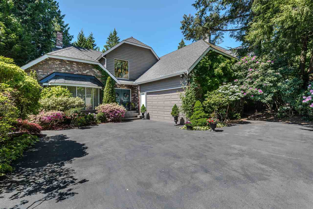 Main Photo: 422 WALKER Street in Coquitlam: Coquitlam West House for sale : MLS®# R2068148
